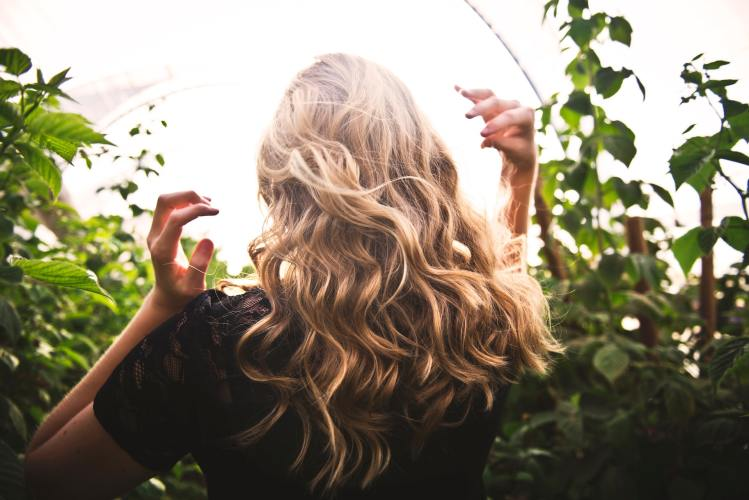 Jarní péči potřebují i vaše vlasy. Zkuste speciální sérum TianDe