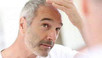 Jak zabránit vypadávání vlasů