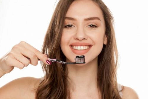Zubní pasta proti krvácení z dásní