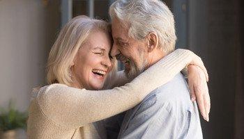 Používejte esenciální oleje. Uvolní váš dech a posílí intimní zdraví