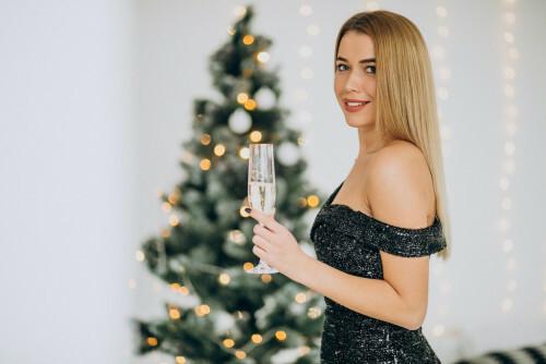 Jak být za hvězdu u vánočního stolu? Inspirujte se tipy na slavnostní líčení