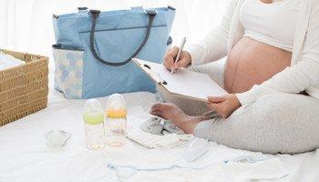 Balíte si tašku do porodnice? Poradíme vám, na co nezapomenout