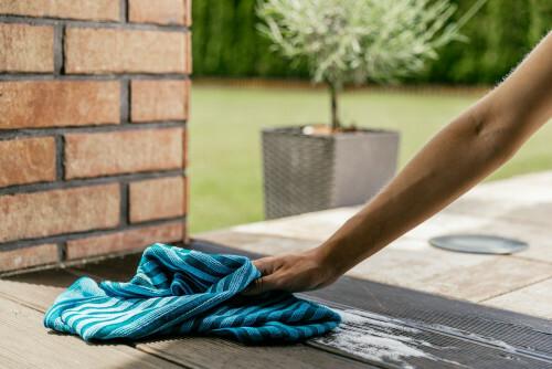 Vaše terasa se v létě musí blyštět. Víte jak na to?