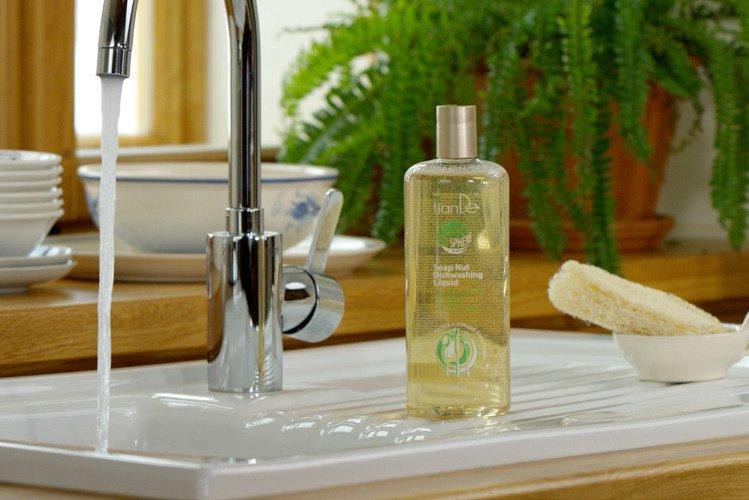 Mýdlový oříšek - čistící přípravek TianDe