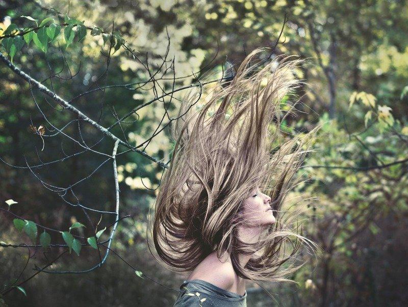 Žena, vlasy_zmenšená