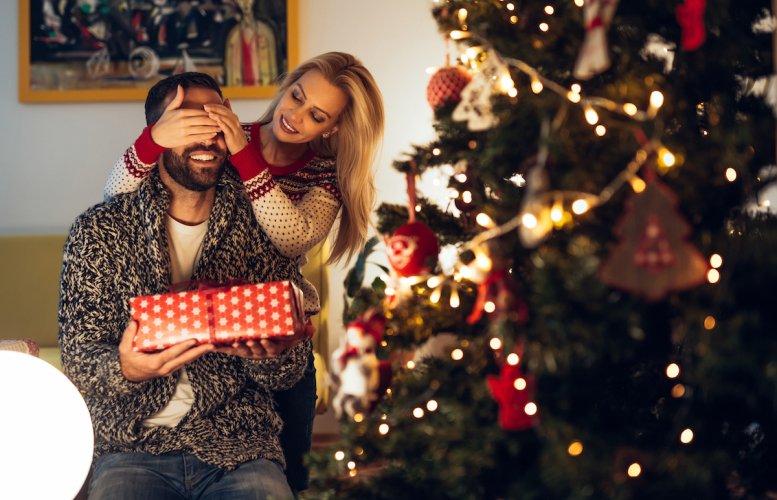Muž, dárek, Vánoce, žena, darování